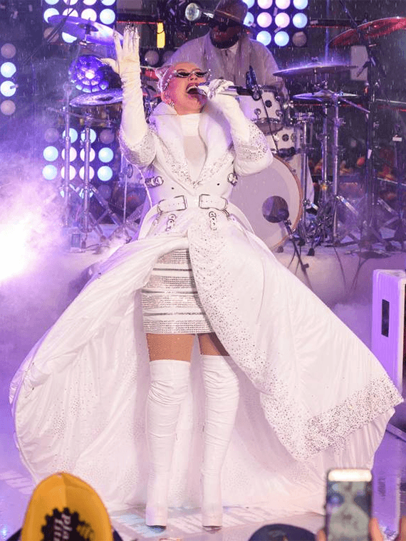 Christina Aguilera Wearing GINA couture