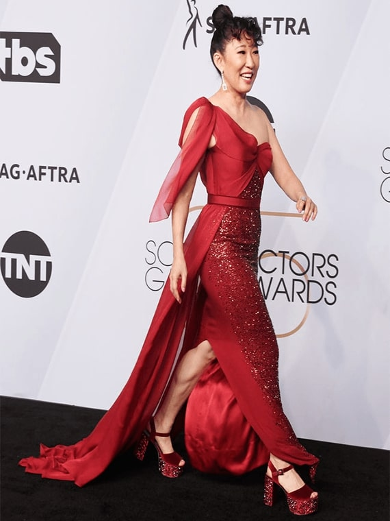 Sandra Oh Wearing GINA Couture at The SAG Awards