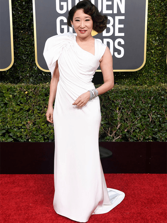 Sandra Oh Wearing GINA couture to the Golden Globes, 2019