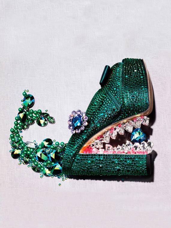 GINA couture for Swarovski® Book of Dreams Vol. III