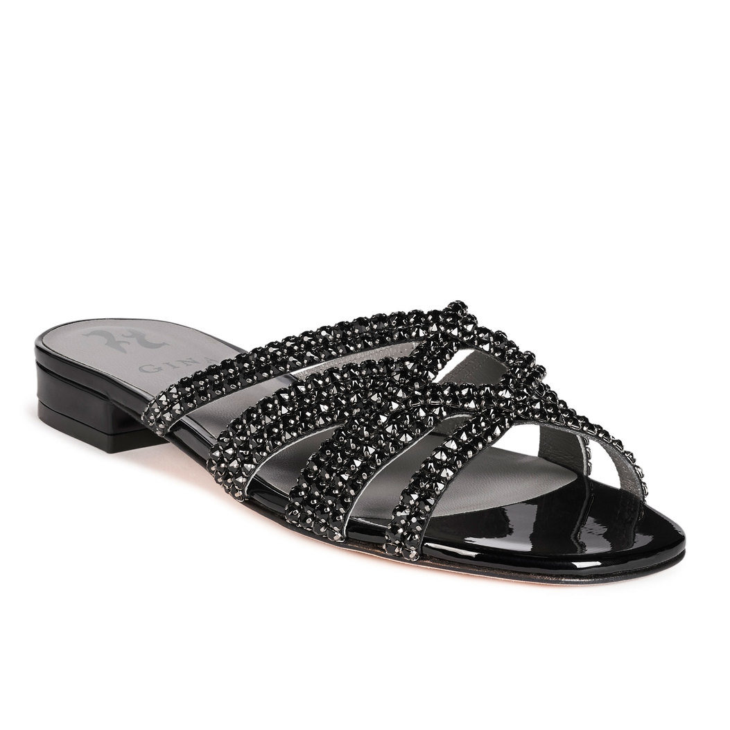 VASARI in Black Patent