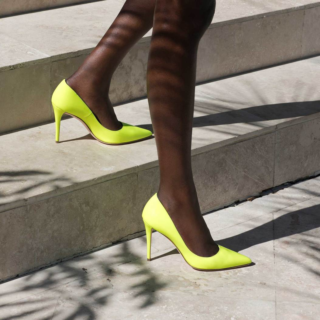 CLAIRE in Lime Fluopatent GINA Courts #2