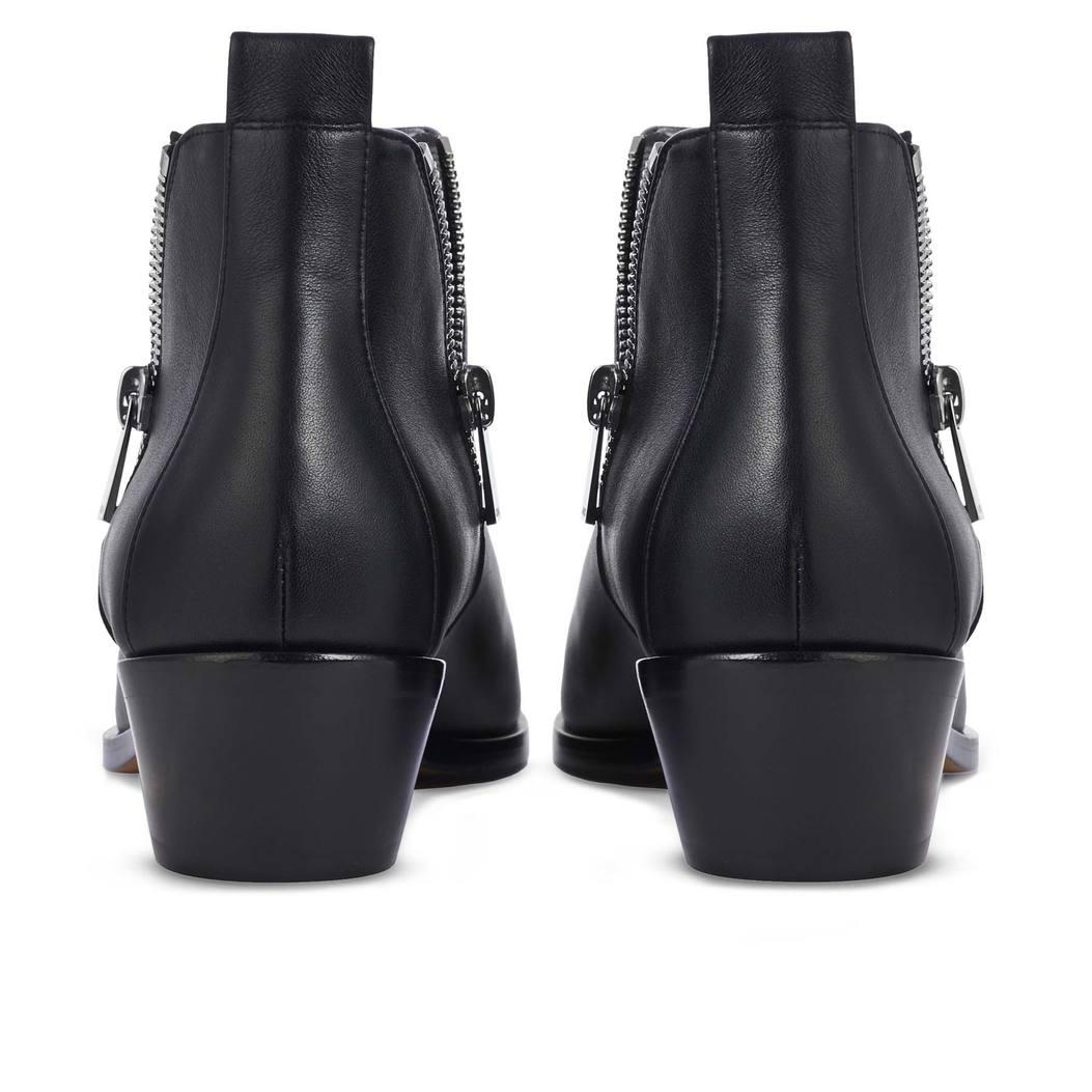 ALBA in Black Leather