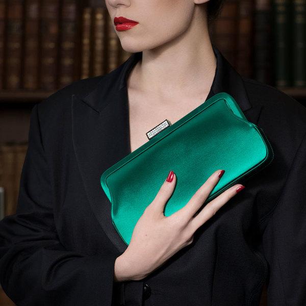 HANOVER in Emerald Satin